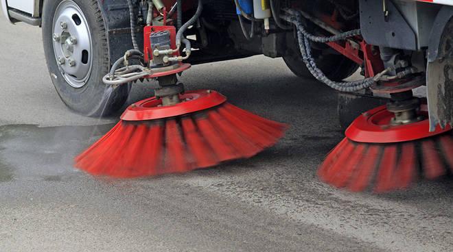 lavaggio strade meccanizzato