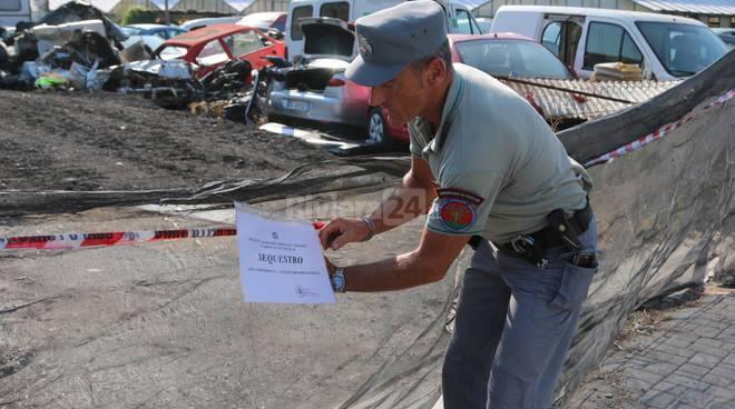 riviera24-Blitz dei carabinieri forestali, sequestrata discarica abusiva in via Braie