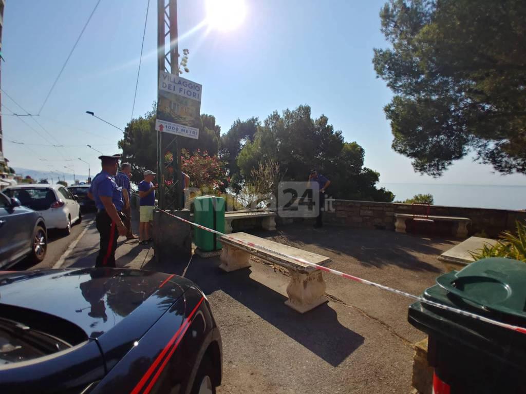 riviera24-precipitano scogliera ospedaletti carabinieri
