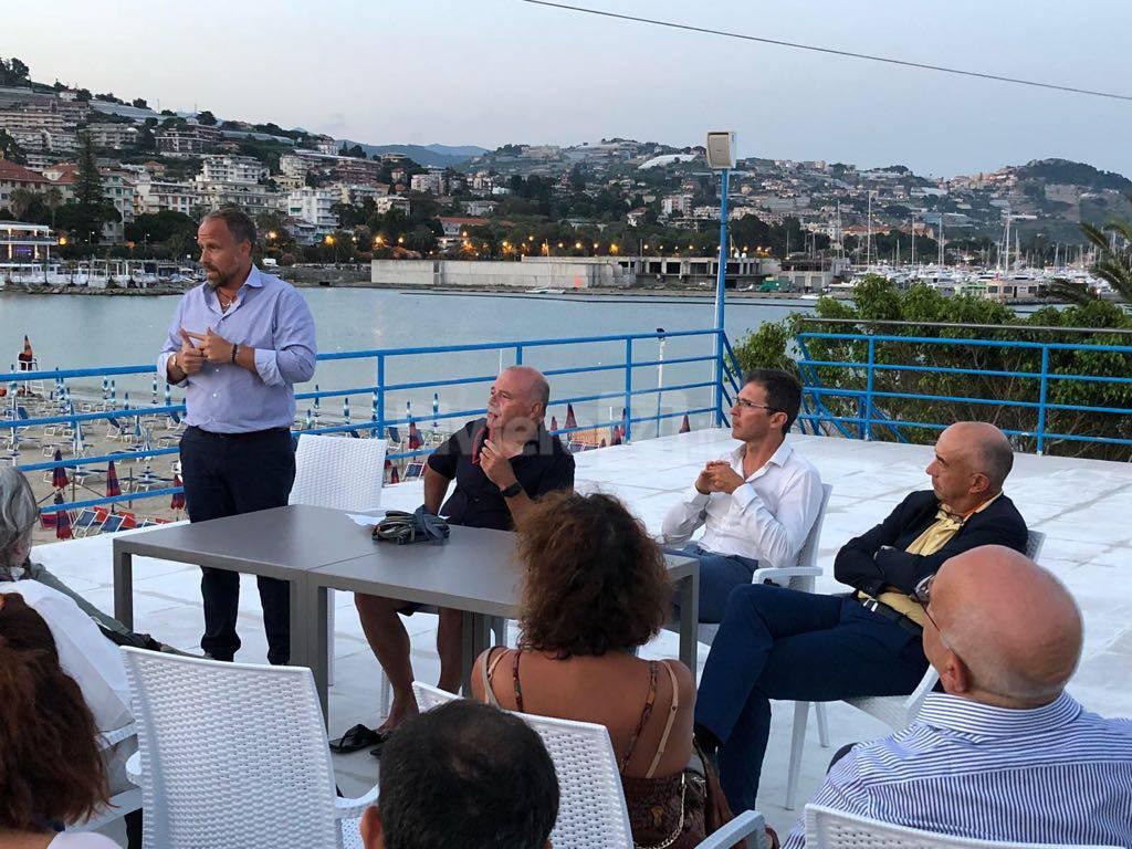 riviera24-sergio tommasini incontro gruppo dei 100 canottieri sanremo