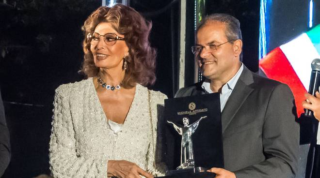 riviera24 -  Sophia Loren e Michele Affidato