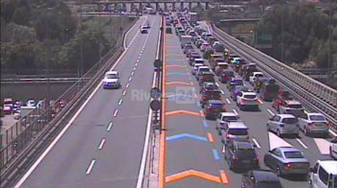 Ventimiglia, code infernali in autostrada