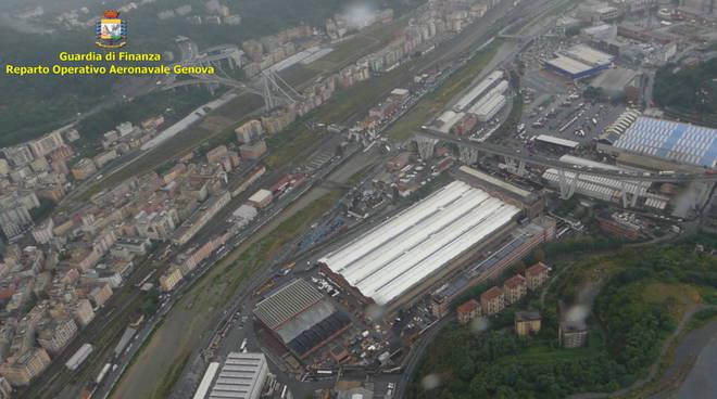 Crollo ponte morandi a genova viale indispensabile for Piani di ponte rialzati gratuiti