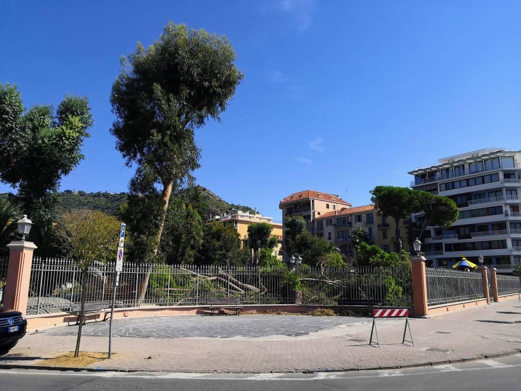 Riviera24- giardini Reggio