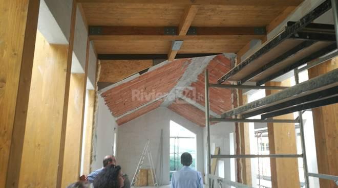 riviera24-Il sopralluogo del sindaco Alberto Biancheri nelle fasi dei lavori scuole