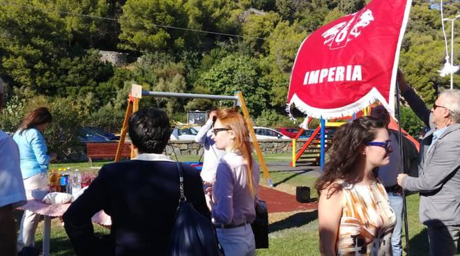 Riviera24- Inaugurazione altalena Leo Club
