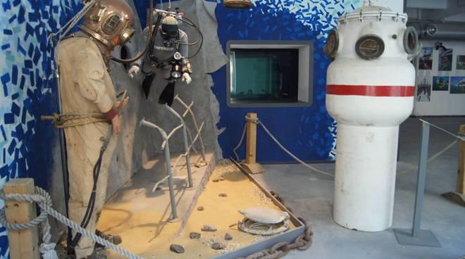 riviera24 - Palombaro al Museo Navale
