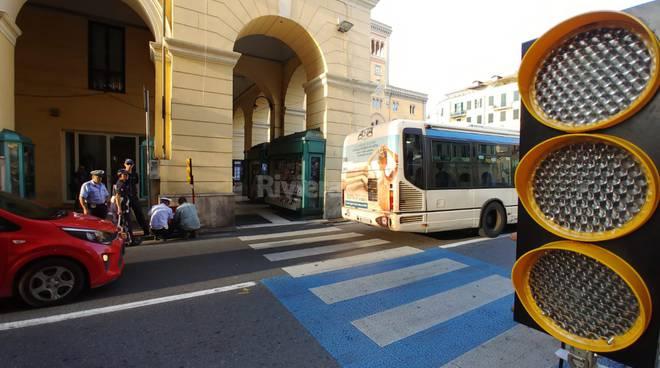 riviera24 -Semaforo tra via Bonfante e piazza Dante a Imperia