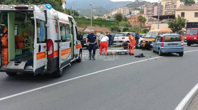 riviera24 - incidente sanremo san francesco soccorsi 118