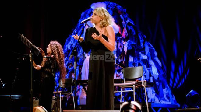 riviera24-Tenco 2018 Cristicchi, Tosca e il premio a Carlin Petrini