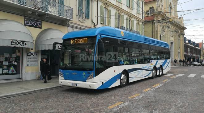 Presentazione autobus Rt a idrogeno