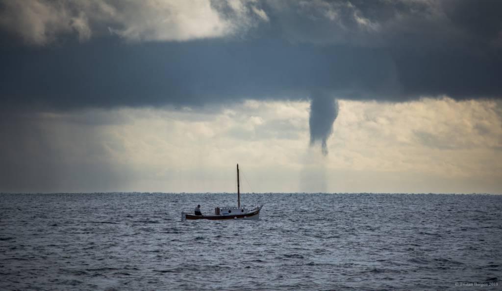 riviera24 - Tromba marina davanti Antibes