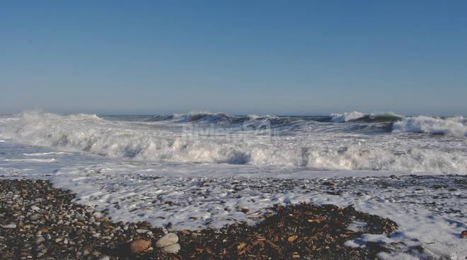mareggiata vento generica mare