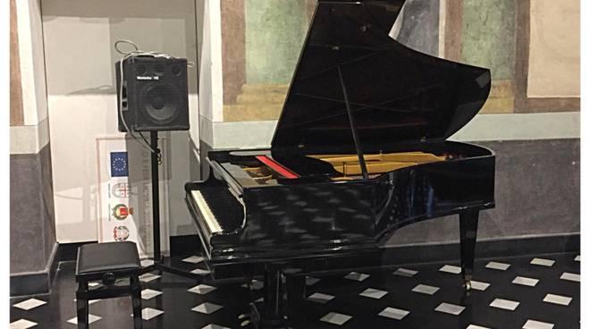 Riviera24- pianoforte palazzo Roverizio