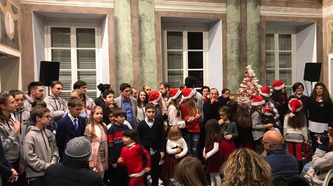 Sanremo applausi per il saggio di natale della scuola di - Bagni nettuno sanremo ...