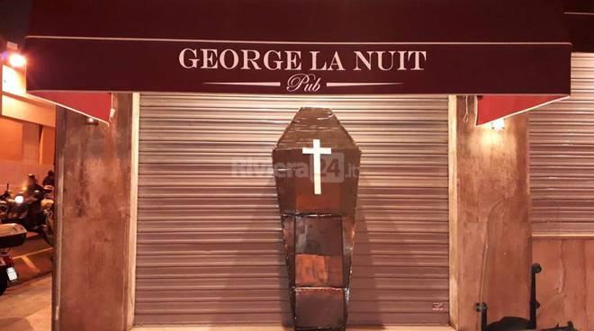 riviera24 - George la Nuit  una bara