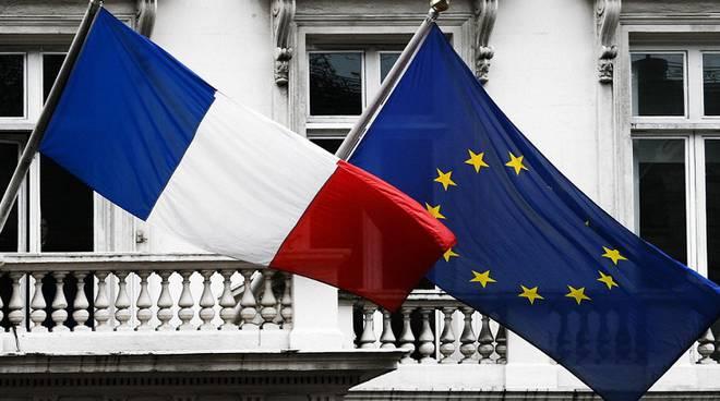 riviera24 - bandiera francese francia
