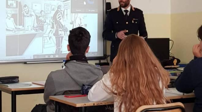 Riviera24- incontro studenti polizia