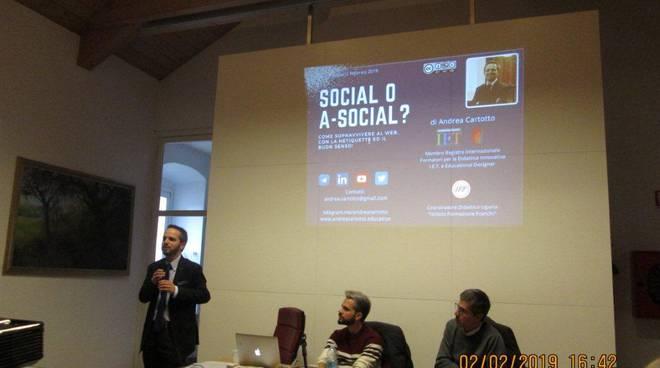 riviera24 - Incontro su social