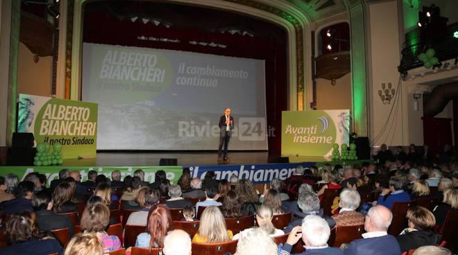 riviera24-La convention del sindaco al cinema Centrale alberto biancheri