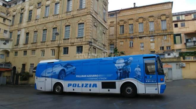 riviera24 -  Truck polizia