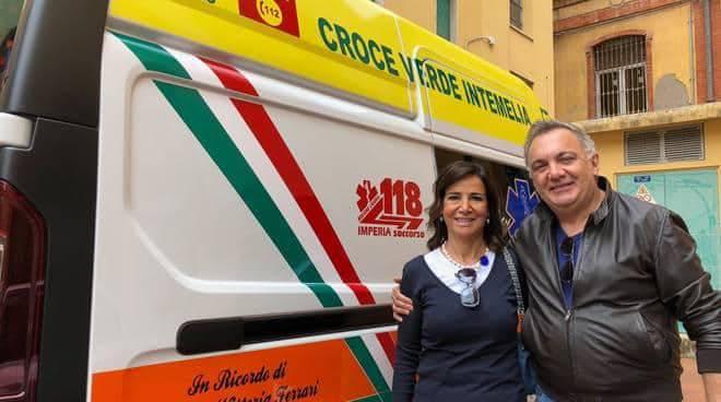 Famiglia Ferrari dona ambulanza Croce Verde Intemelia