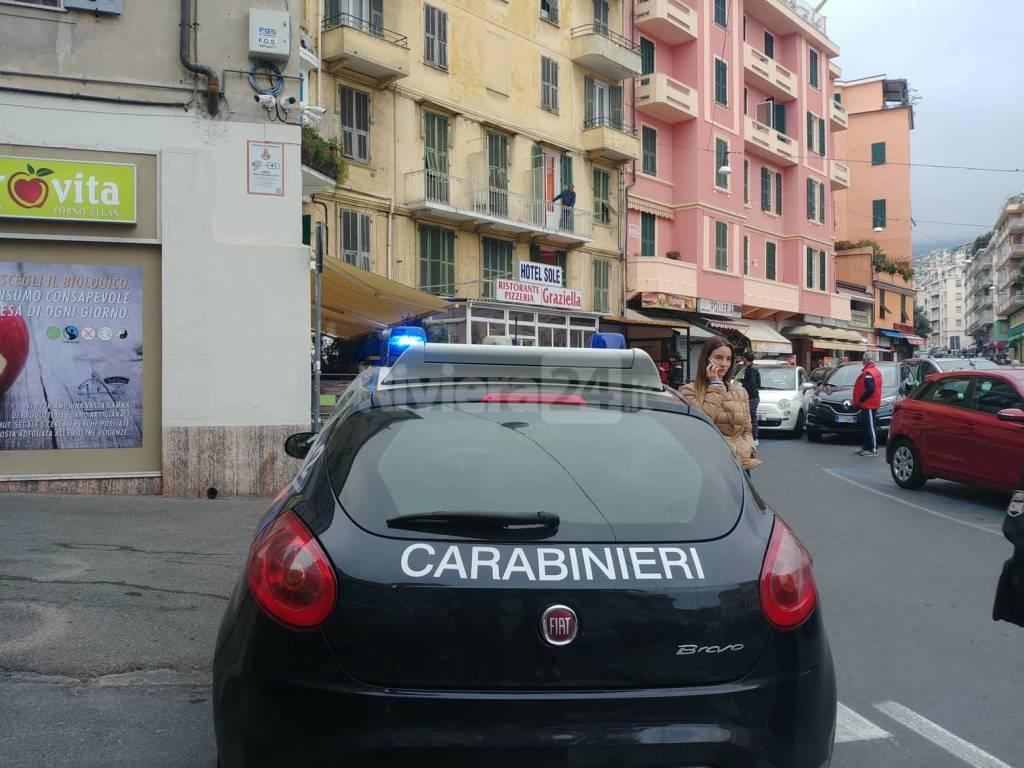 suicidio sventato piazza Eroi sanremesi