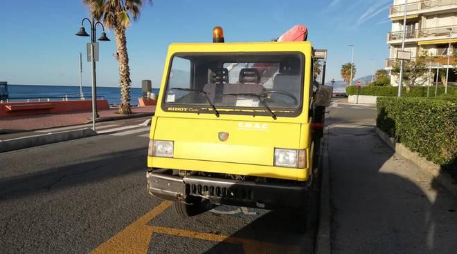 Riviera24- Mezzo comunale