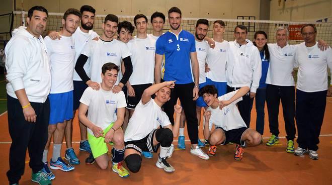 riviera24 - Simone Parodi incontra il Volley Primavera