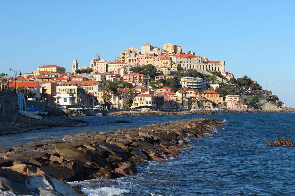 Riviera24- borgo Parasio