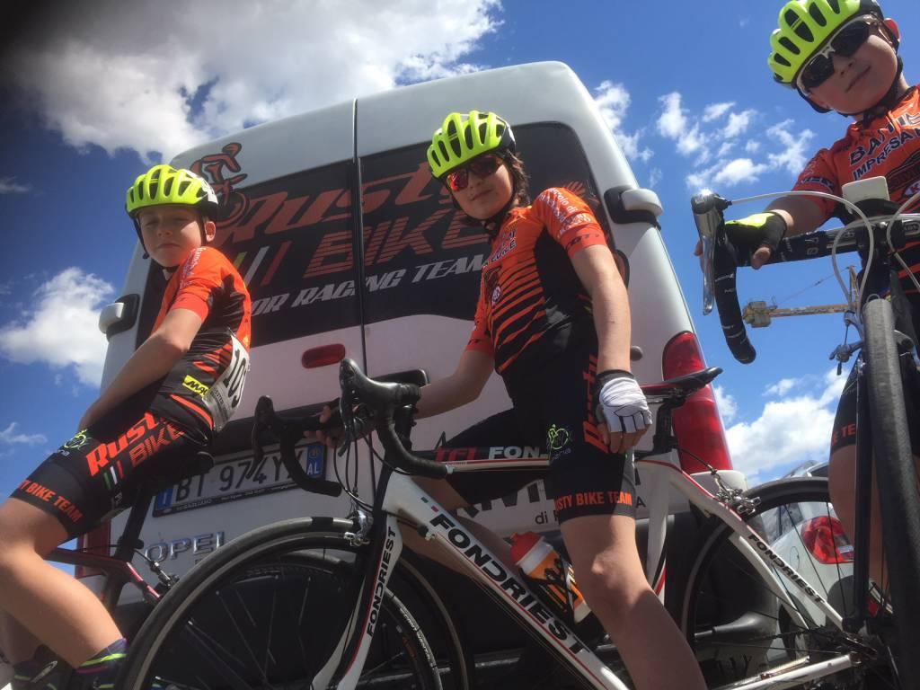 riviera24 - Rusty Bike Team Icer Costruzioni