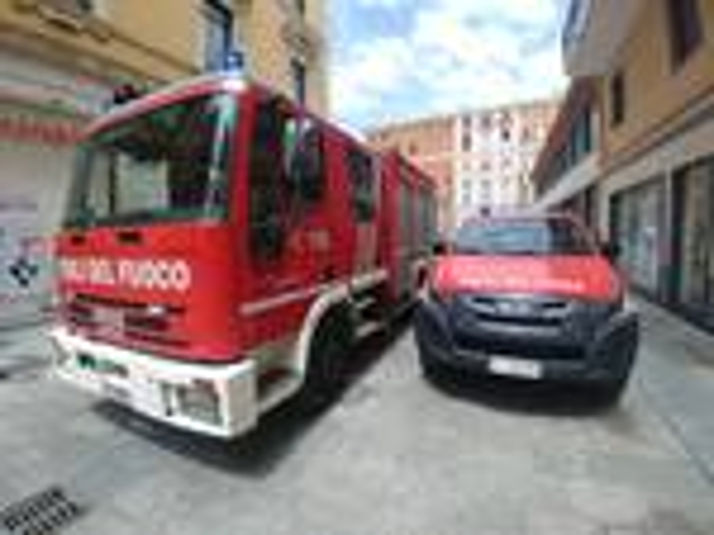 riviera24 - chiusa via Cavour vigili fuoco municipale