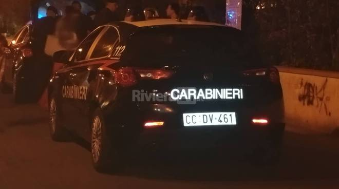 riviera24 - Controllo dei carabinieri a Sanremo