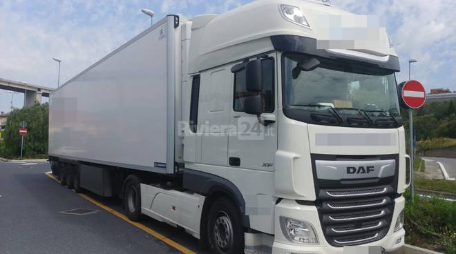 riviera24 -Lite tra camioniste