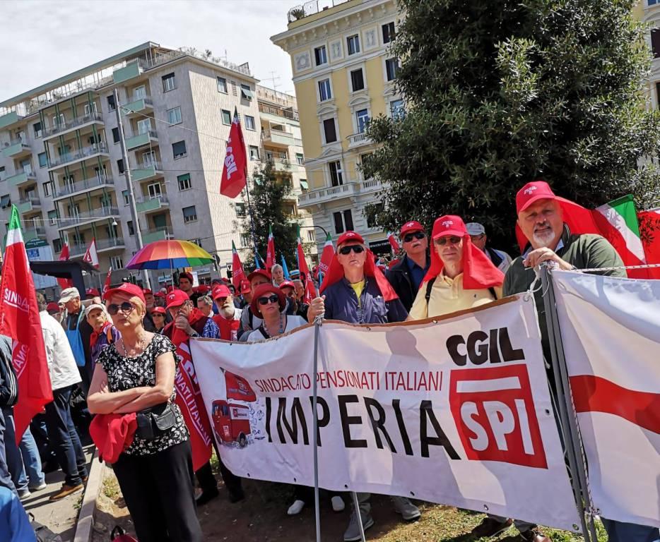 Riviera24- Manifestazione pensionati a Roma