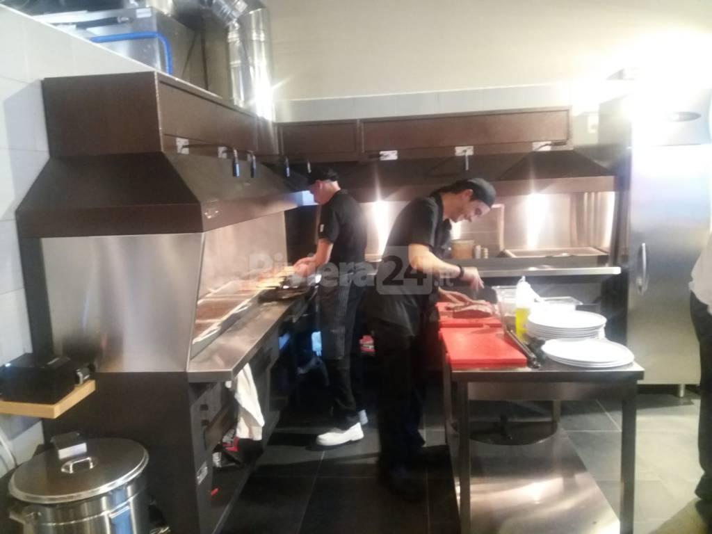 riviera24 - Uau brace&pizza