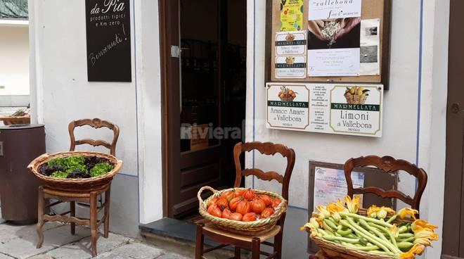riviera24 - Verità, bugie e fior d'arancio 2019