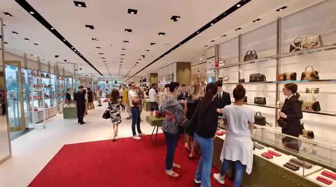 vetrine the mall sanremo gucci dolce gabbana negozi