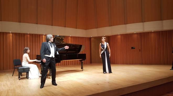 esibizione a Tokio Mela Casciarri