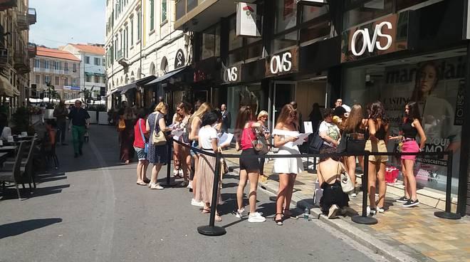 riviera24 - OVS di Sanremo le selezioni per diventare modella professionista