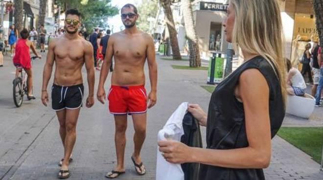 riviera24 - multa costume da bagno