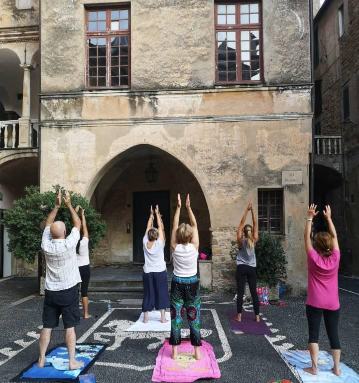 Yogando al Parasio