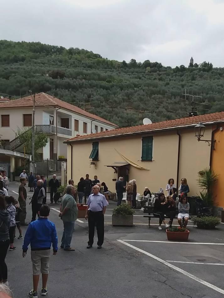 """Aurigo, i """"balui"""" in piazza"""