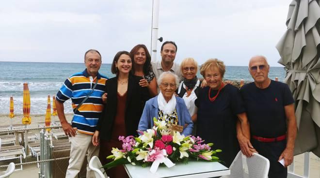 I 100 anni di nonna Aurora