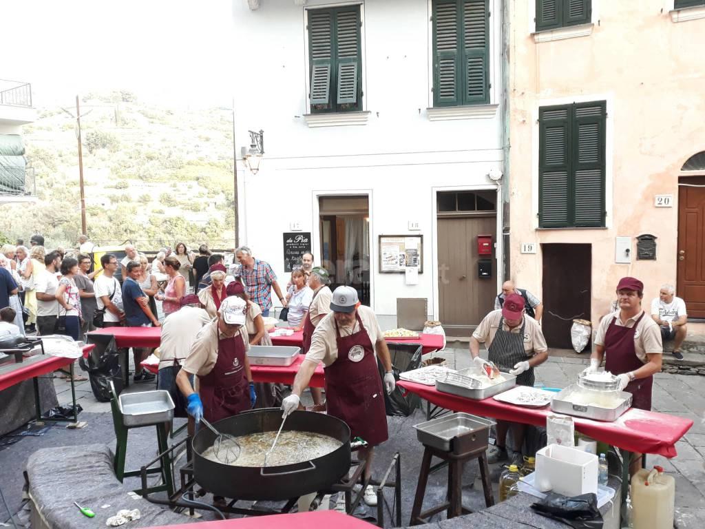 riviera24- L'anciua in se crote' a Vallebona