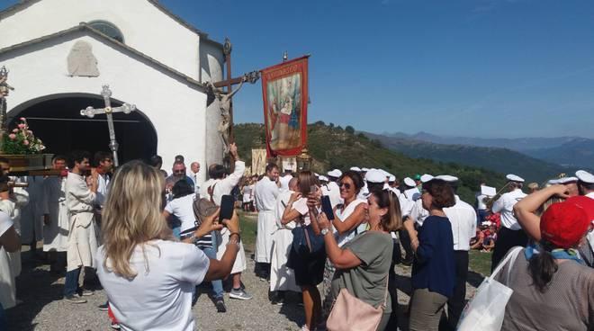 Riviera24- processione Lucinasco
