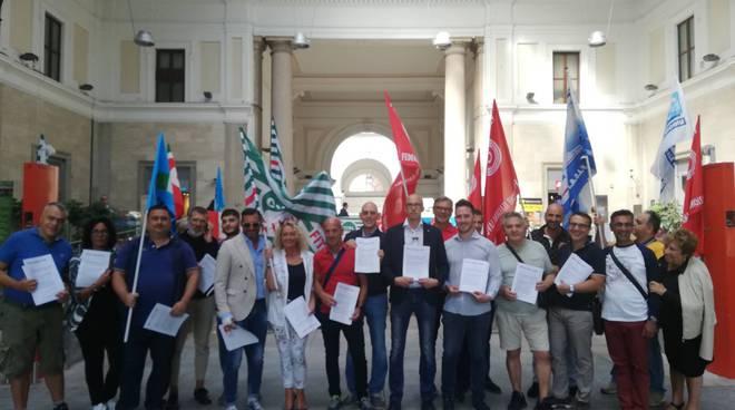 riviera24 - Sciopero regionale degli addetti degli appalti ferroviari