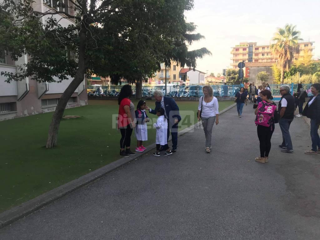 Riviera24- Scullino primo giorno scuola
