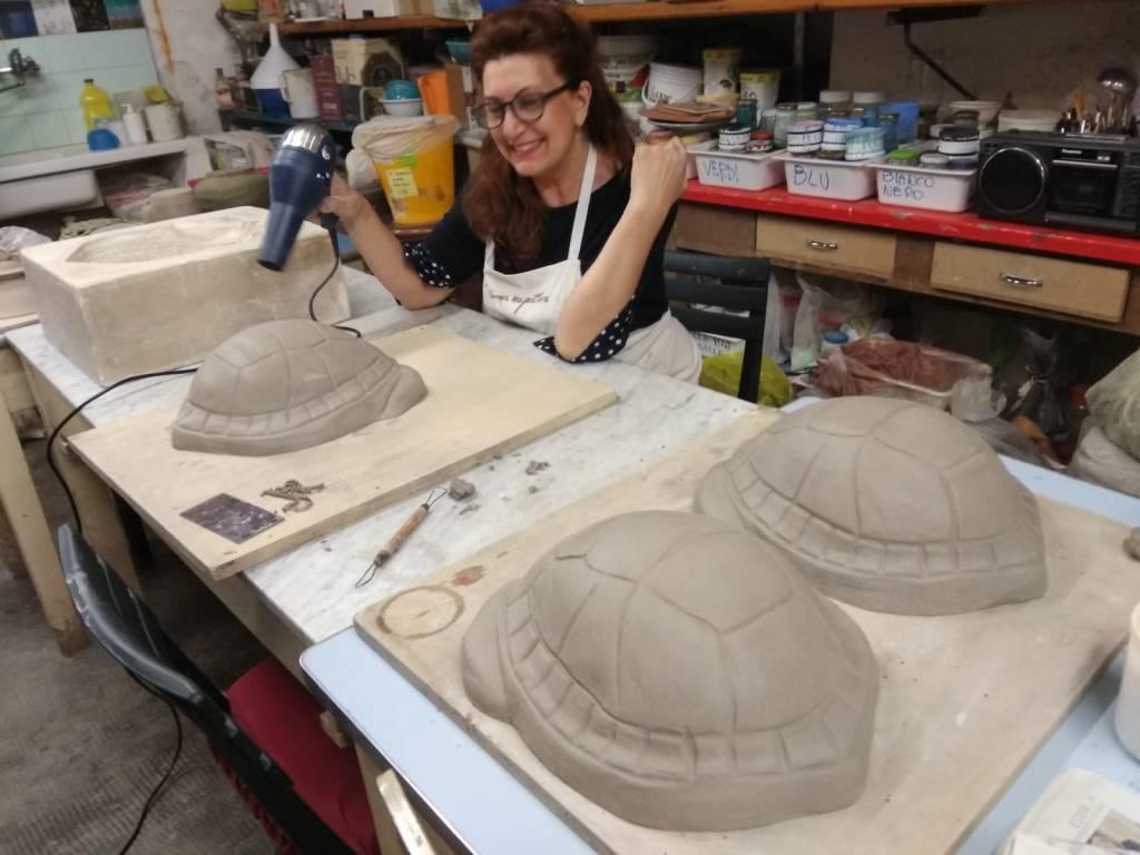 riviera24 - Ventimiglia, nuove tartarughe alla fontana del Putto