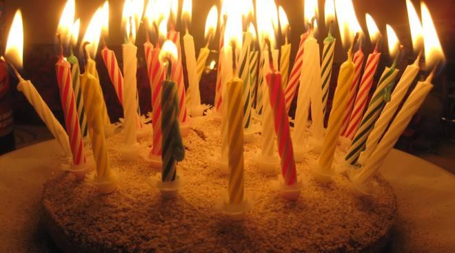 Auguri, torta di compleanno